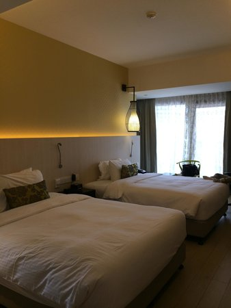 Village Hotel Katong by Far East Hospitality: The beds