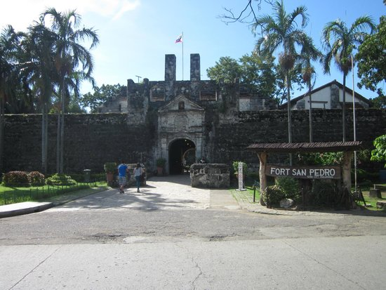 Fort San Pedro: the entrance