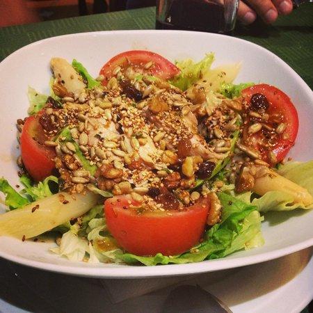 Bodega Julian: Tuna salad