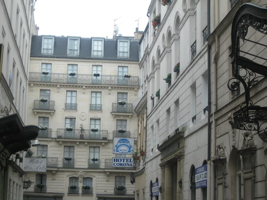 Hotel Corona Opera: Our hotel