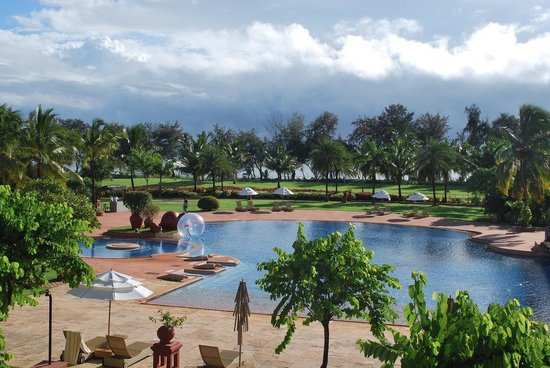 The LaLiT Golf & Spa Resort Goa: Perfect day