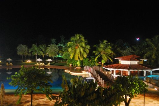The LaLiT Golf & Spa Resort Goa: Pool view