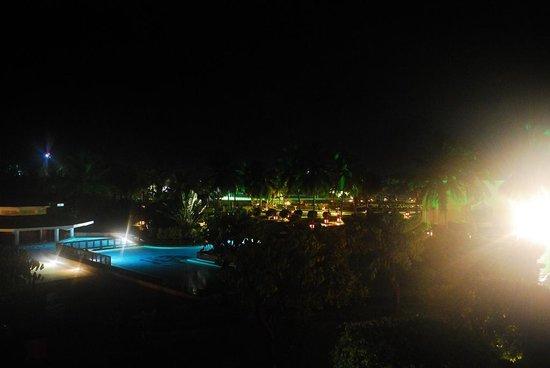 The LaLiT Golf & Spa Resort Goa: Pool View