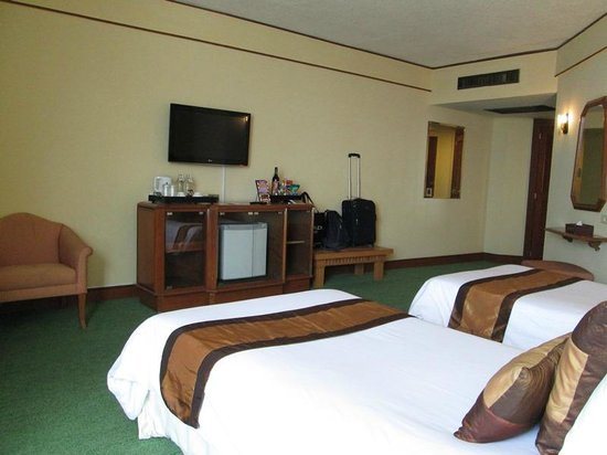 Duangtawan Hotel Chiang Mai: Spacious room