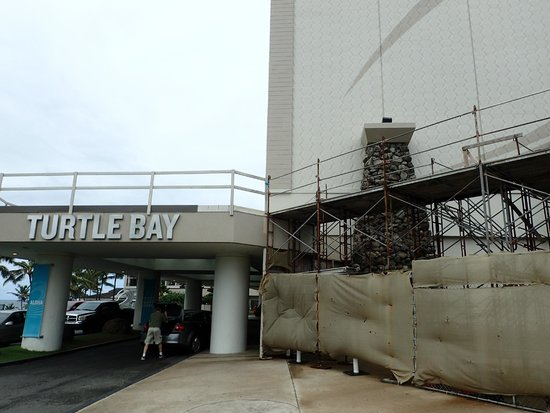 Turtle Bay Resort: When first driving into the resort