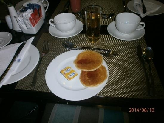 Protea Hotel by Marriott Cape Town North Wharf: The delicious breakfast!