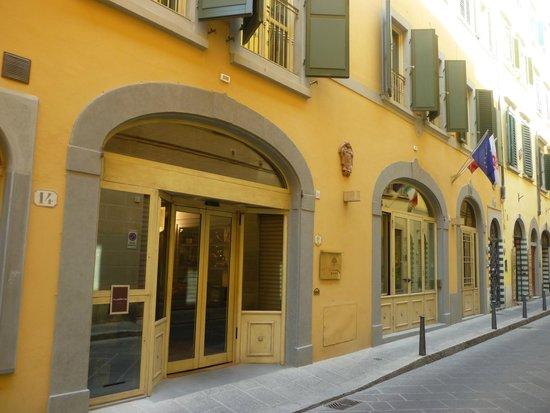 Hotel Art Atelier: Art Atelier exterior