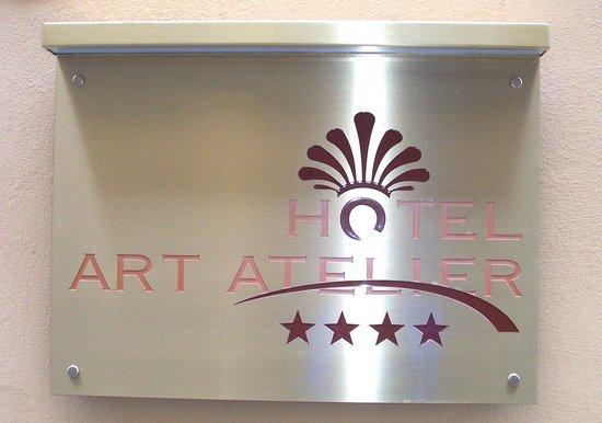 Hotel Art Atelier: Art Atelier signage