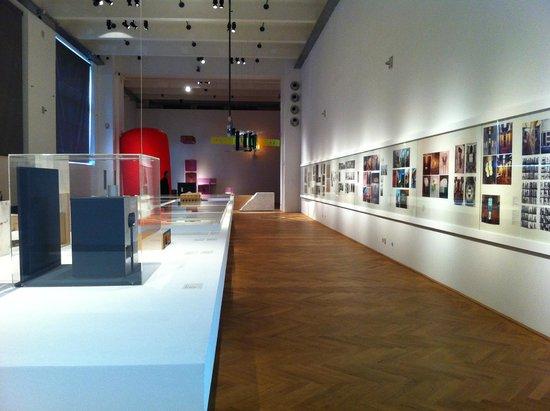 MAK - Österreichisches Museum fur Angewandte Kunst / Gegenwartskunst: Una delle mostre tematiche nelle ampie sale