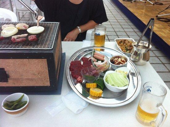 ANA Crowne Plaza Kobe: バーベキューセット前売り3500円