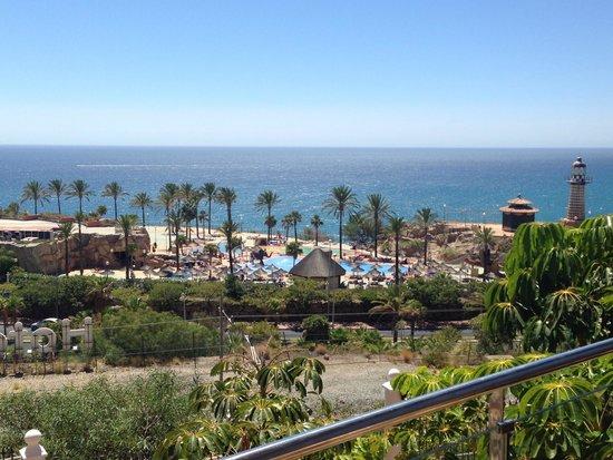 Holiday Polynesia: View of the beach club
