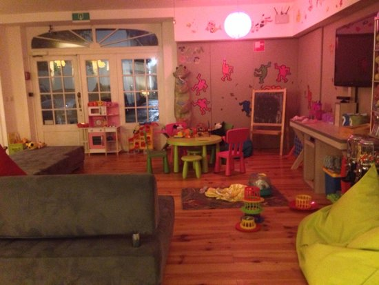 Floris Karos Hotel : Coin enfant