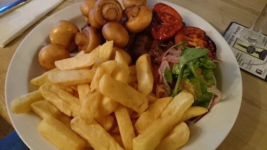 The Harbour Inn: Steak and Chips