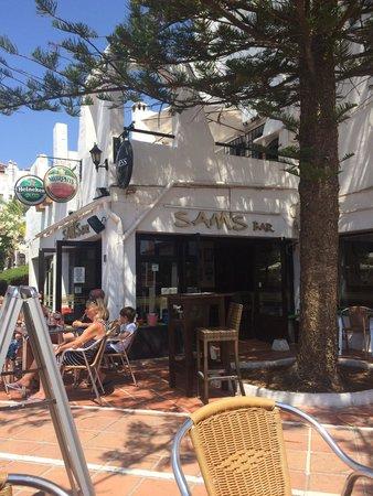 Sam's Bar: Great place