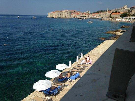 Hotel Excelsior Dubrovnik: プライベートビーチ
