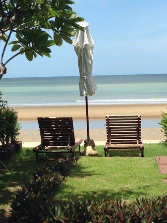 Aleenta Resort Pranburi: So romantic!
