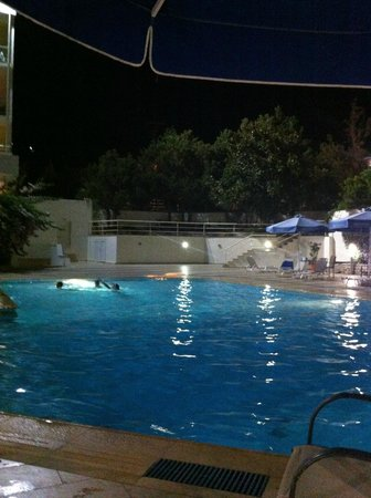 Messinian Bay Hotel : pool by night 2