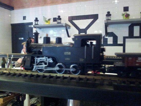 Tchou tchou photo de le train gourmet vallon pont d 39 arc tripadvisor - Tchou tchou le train ...