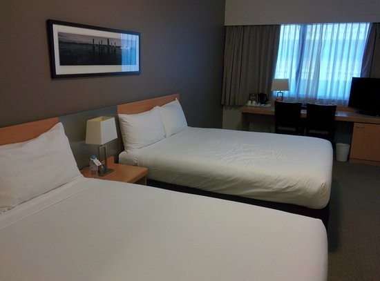 ibis Brisbane: comfortable room with a view
