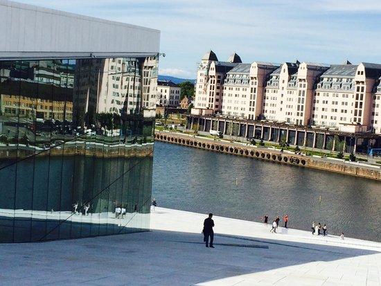 The Norwegian National Opera & Ballet : Wonderful reflections