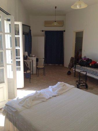 Hotel Ethrion: Intérieur de notre chambre