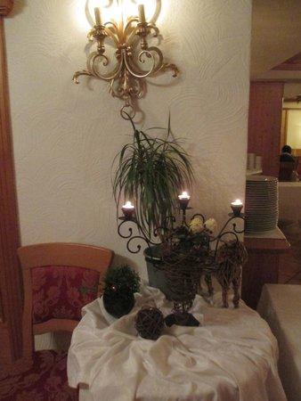 Hotel zur Sonne: particolare della sala pranzo