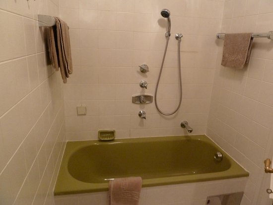 Hotel Linde: badewanne