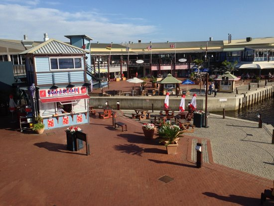 Highfields Backpackers: A small copy of the quays in Capetown...in Knysna