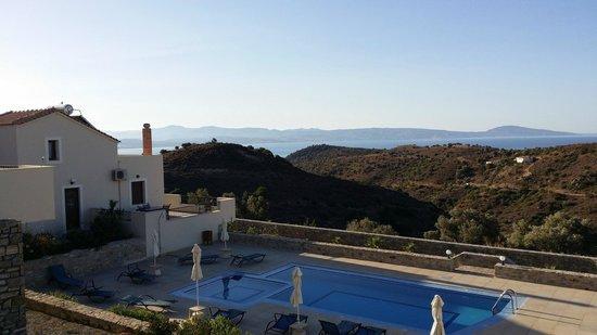 Lenikos Resort : Vue de la chambre