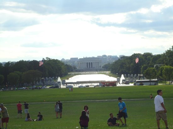 Lincoln Memorial: From the Washington Monument.