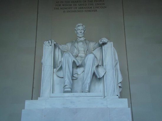 Lincoln Memorial: In resplendent glory, the great Abraham Lincoln.