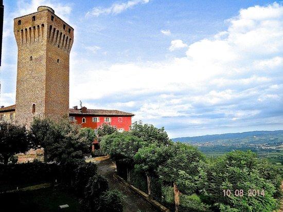 Hotel Castello Santa Vittoria: The castle