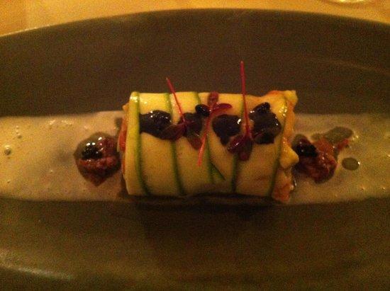 Restaurant DAS 1219: Great dish, summer caneloni