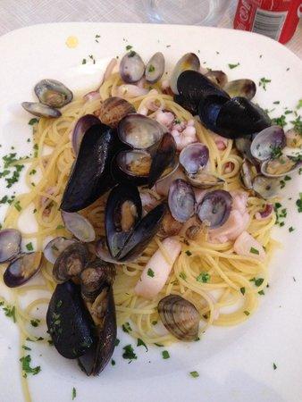 Gabrielitos Ristorante Pizzeria: Spaghetti con pesce