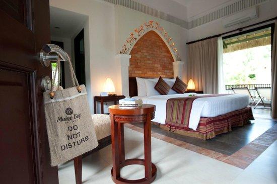 Muine Bay Resort: Bungalow interior