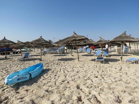 Ramada Liberty Resort Hotel : la Plage