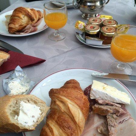 Hotel l'Ecrin : Frühstück - es hatte noch viel mehr