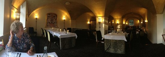 Bailbrook House Hotel: Cloisters Dining Room