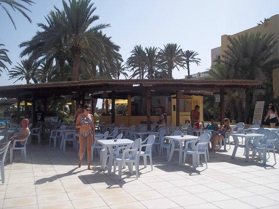 Eden Star Zarzis : Bar de la piscine