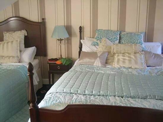 Aaran Lodge: The king size bed