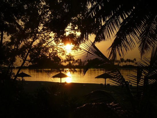 Olhuveli Beach & Spa Resort : deluxe rooms sunrise view