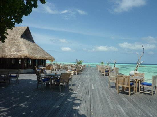 Olhuveli Beach & Spa Resort : sunset restaurant