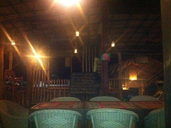 Kitchen Angkor Chey: Dining area