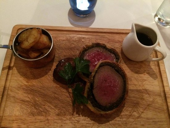 Bridge Street Lounge and Grill: Beef Wellington
