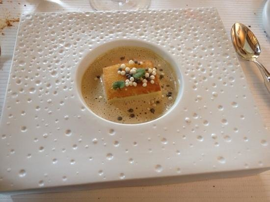 """Restaurant étoilé """"Flocons de Sel"""" : brochet et lotte du lac"""