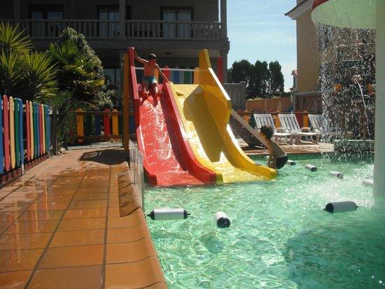 Apartamentos Playa Mar: Piscina Infantil