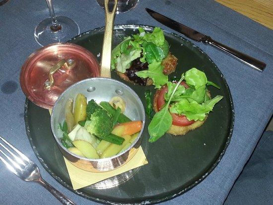 Maio Restaurant : Simpatiche milanesi con le verdure al vapore