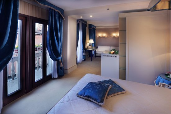 Hotel a La Commedia: JUNIOR SUITE ROOM