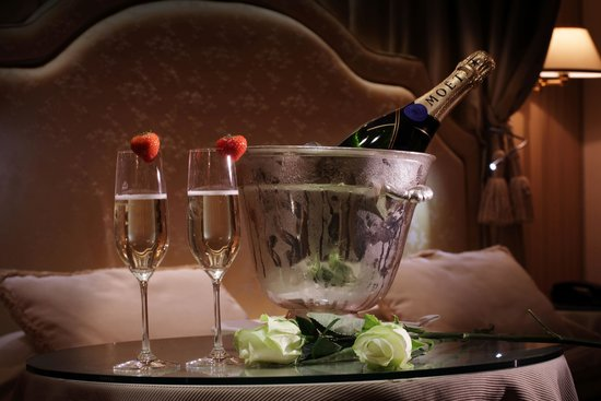 Hotel a La Commedia: CHAMPAGNE