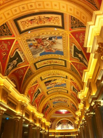 The Venetian Macao Resort Hotel: Hotel lobby
